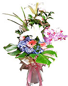 Flower Arrangement Gift: FA010